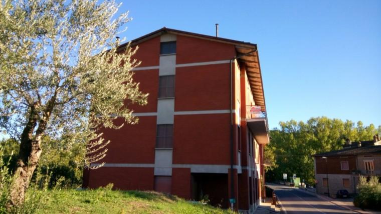 Torgiano-Appartamento su piccola palazzina