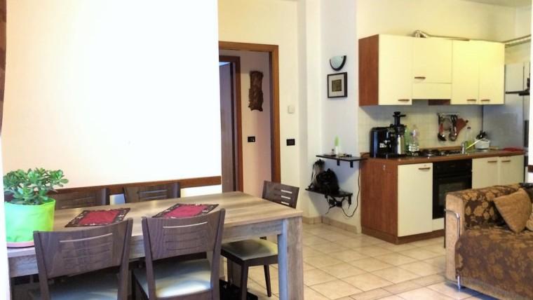PETRIGNANO- Appartamento al piano terra con ingresso indipendente