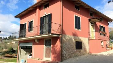 PALAZZO DI ASSISI- Casa singola completamente ristrutturata
