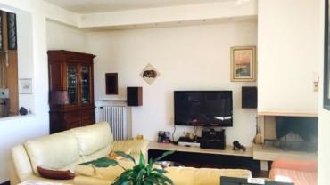 Foligno – Zona Via N.Sauro: Appartamento con Tre Camere Ristrutturato
