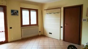 Foligno – Ponte Antimo: Appartamento con Tre Camere in Cemento Armato