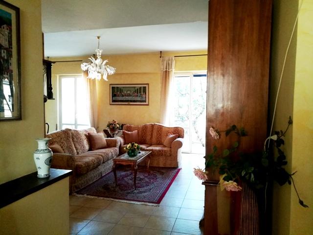 FOLIGNO – PORTA ROMANA: Appartamento di 140 mq con garage