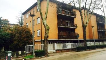 Foligno – Viale Firenze: Appartamento con Tre Camere e Soffitta