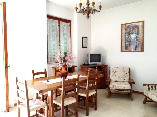 Foligno – Traversa Via Piave: Appartamento su Quadrifamiliare