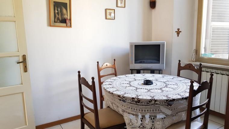 Appartamento in prima periferia con due camere