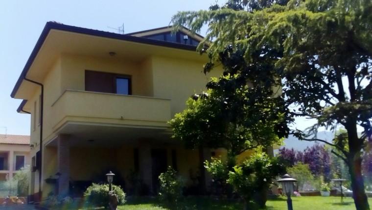 Vendita Casa indipendente – 4 Locali