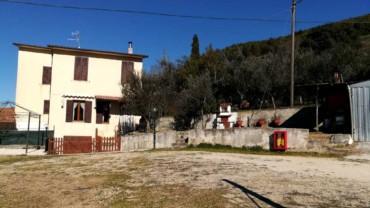 Casa semindipendente ristrutturata con terreno