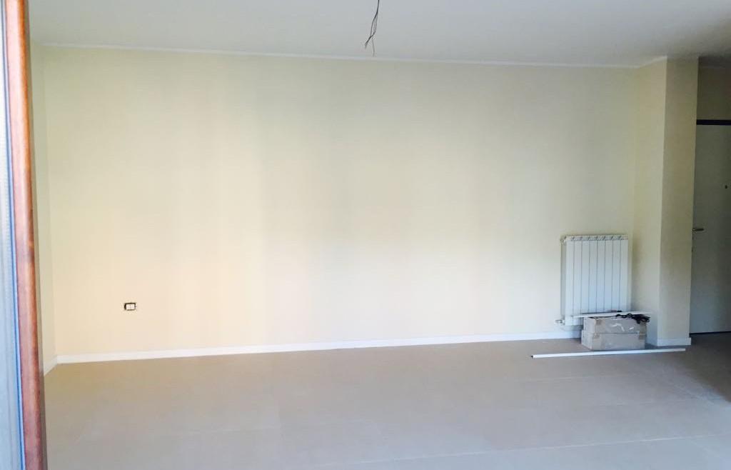 Foligno: Appartamento Nuovo con Terrazzo Abitabile e Garage