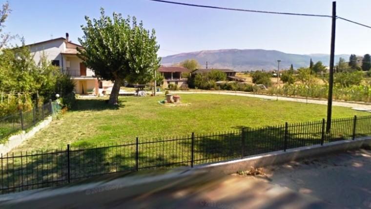 Appartamento su casa indipendente con giardino di proprietà