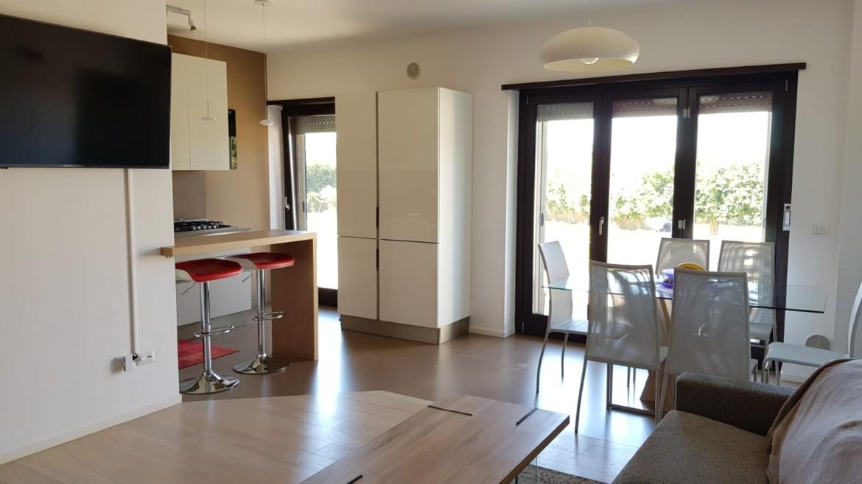 Appartamento al piano terra di nuova costruzione con giardino di 500 mq