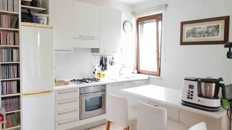 Appartamento di recente costruzione su piccolo contesto