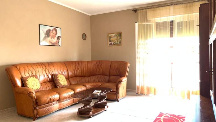 PETRIGNANO- Appartamento ampio e luminoso
