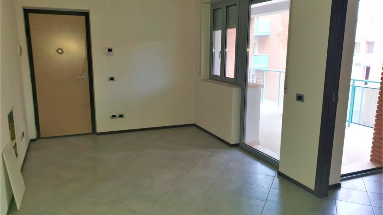 appartamento nuovo con 2 camere e terrazzo abitabile