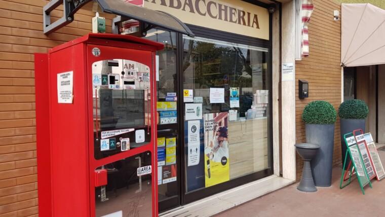 ATTIVITA' COMMERCIALE CON LICENZA DI TABACCHERIA